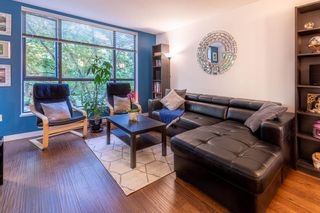 """Photo 2: 201 3583 CROWLEY Drive in Vancouver: Collingwood VE Condo for sale in """"AMBERLEY"""" (Vancouver East)  : MLS®# R2581170"""