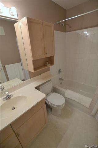 Photo 9: 64 Invermere Street in Winnipeg: Whyte Ridge Residential for sale (1P)  : MLS®# 1718926