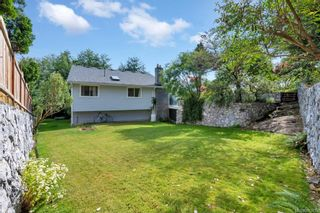 Photo 29: 651 Cairndale Rd in Colwood: Co Triangle House for sale : MLS®# 843816