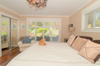 """Photo 23: 15478 COLUMBIA Avenue: White Rock House for sale in """"Hillside"""" (South Surrey White Rock)  : MLS®# R2572155"""