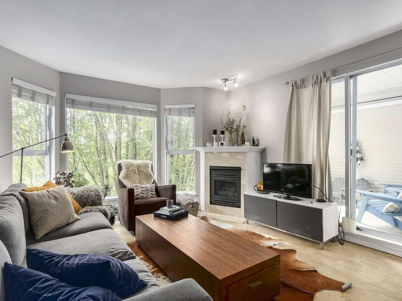 Photo 2: Photos: 305 225 E 19TH AVENUE in Vancouver: Main Condo for sale (Vancouver East)  : MLS®# R2173702