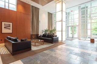 Photo 2: 706 1005 BEACH AVENUE in Vancouver: West End VW Condo for sale (Vancouver West)  : MLS®# R2578680
