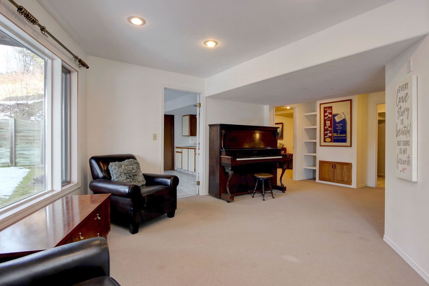 Photo 34: Photos: 1350 Trans Canada Highway in Sorrento: House for sale : MLS®# 10225818