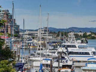 Photo 17: 204 640 Montreal St in Victoria: Vi James Bay Condo for sale : MLS®# 839783