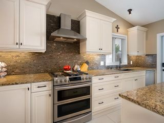 Photo 8: 101 Appleside Close SE in Calgary: Applewood Park Detached for sale : MLS®# A1128476