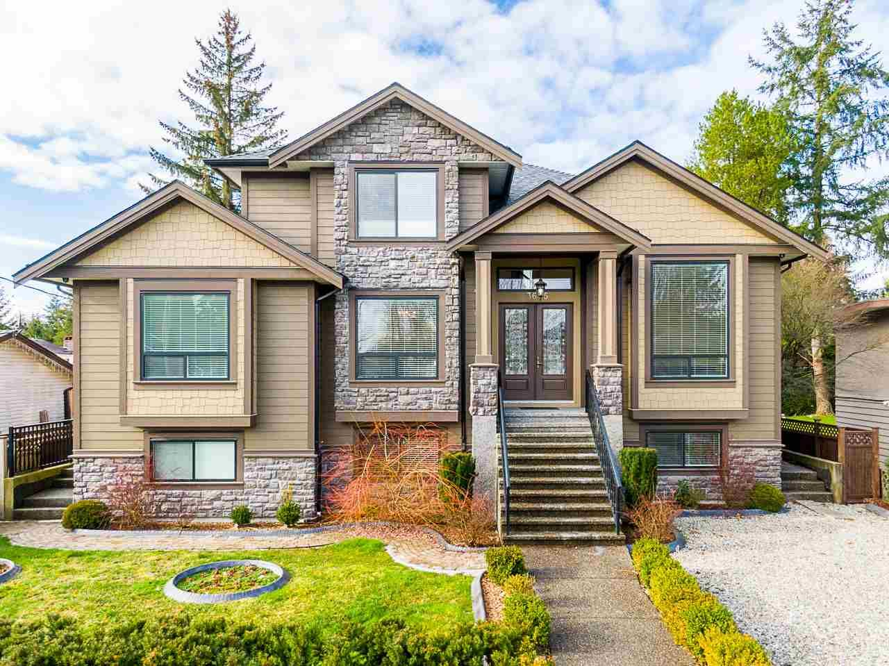 Main Photo: 3675 INVERNESS Street in Port Coquitlam: Lincoln Park PQ House for sale : MLS®# R2533159