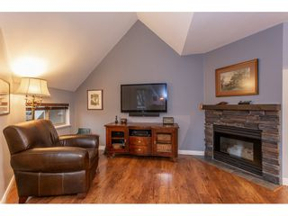 """Photo 8: 212 19241 FORD Road in Pitt Meadows: Central Meadows Condo for sale in """"Village Green"""" : MLS®# R2325248"""