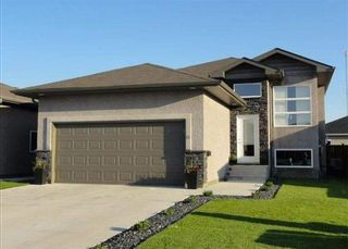 Photo 1: 26 LYNDHURST Gate in Steinbach: Woodlawn Residential for sale (R16)  : MLS®# 202110121