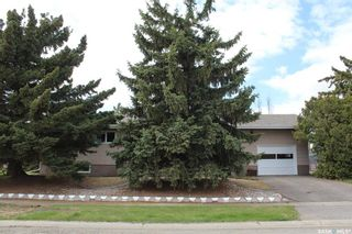 Photo 1: 315 4th Street East in Wilkie: Residential for sale : MLS®# SK837470
