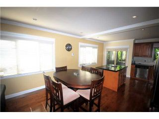 Photo 4: 3115 SUNNYHURST Road in North Vancouver: Lynn Valley Duplex for sale : MLS®# V972799
