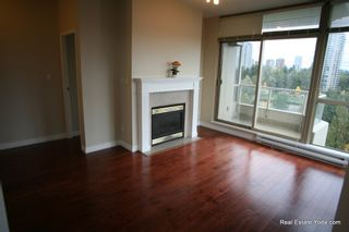"Photo 3: 1005 6838 STATION HILL Drive in Burnaby: South Slope Condo for sale in ""THE BELGRAVIA"" (Burnaby South)  : MLS®# R2006299"