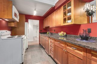 "Photo 7: 104 1484 CHARLES Street in Vancouver: Grandview VE Condo for sale in ""LANDMARK ARMS"" (Vancouver East)  : MLS®# R2203961"