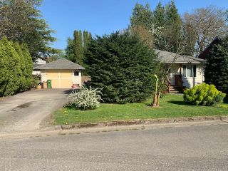 Main Photo: 9764 SIDNEY Street in Chilliwack: Chilliwack N Yale-Well House for sale : MLS®# R2568357