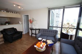 Photo 3: 1101 1367 ALBERNI Street in Vancouver: West End VW Condo for sale (Vancouver West)  : MLS®# R2062584