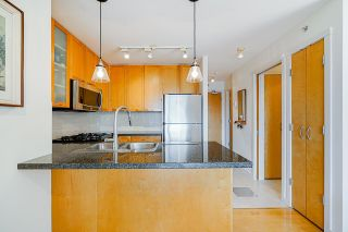 """Photo 11: 2006 989 RICHARDS Street in Vancouver: Downtown VW Condo for sale in """"The Mondrian I"""" (Vancouver West)  : MLS®# R2592338"""
