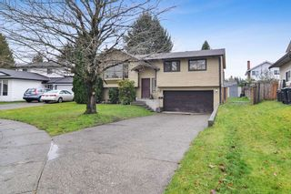 Photo 2: 9302 212B Street in Langley: Walnut Grove House for sale : MLS®# R2519712