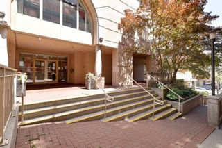 """Photo 3: 407 680 CLARKSON Street in New Westminster: Downtown NW Condo for sale in """"THE CLARKSON"""" : MLS®# R2595710"""