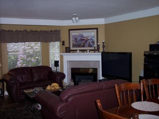 """Photo 7: 110 1973 WINFIELD Drive in Abbotsford: Abbotsford East Townhouse for sale in """"BELMONT RIDGE"""" : MLS®# R2070637"""