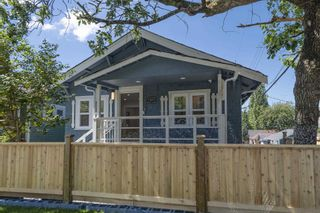 """Main Photo: 1231 SALSBURY Drive in Vancouver: Grandview Woodland House for sale in """"GRANDVIEW-WOODLAND"""" (Vancouver East)  : MLS®# R2611669"""