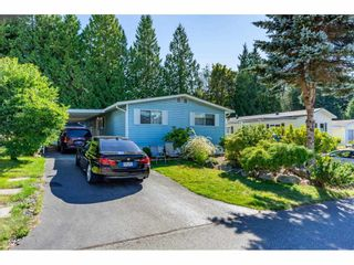 "Photo 1: 34 2315 198 Street in Langley: Brookswood Langley Manufactured Home for sale in ""DEER CREEK ESTATES"" : MLS®# R2492993"