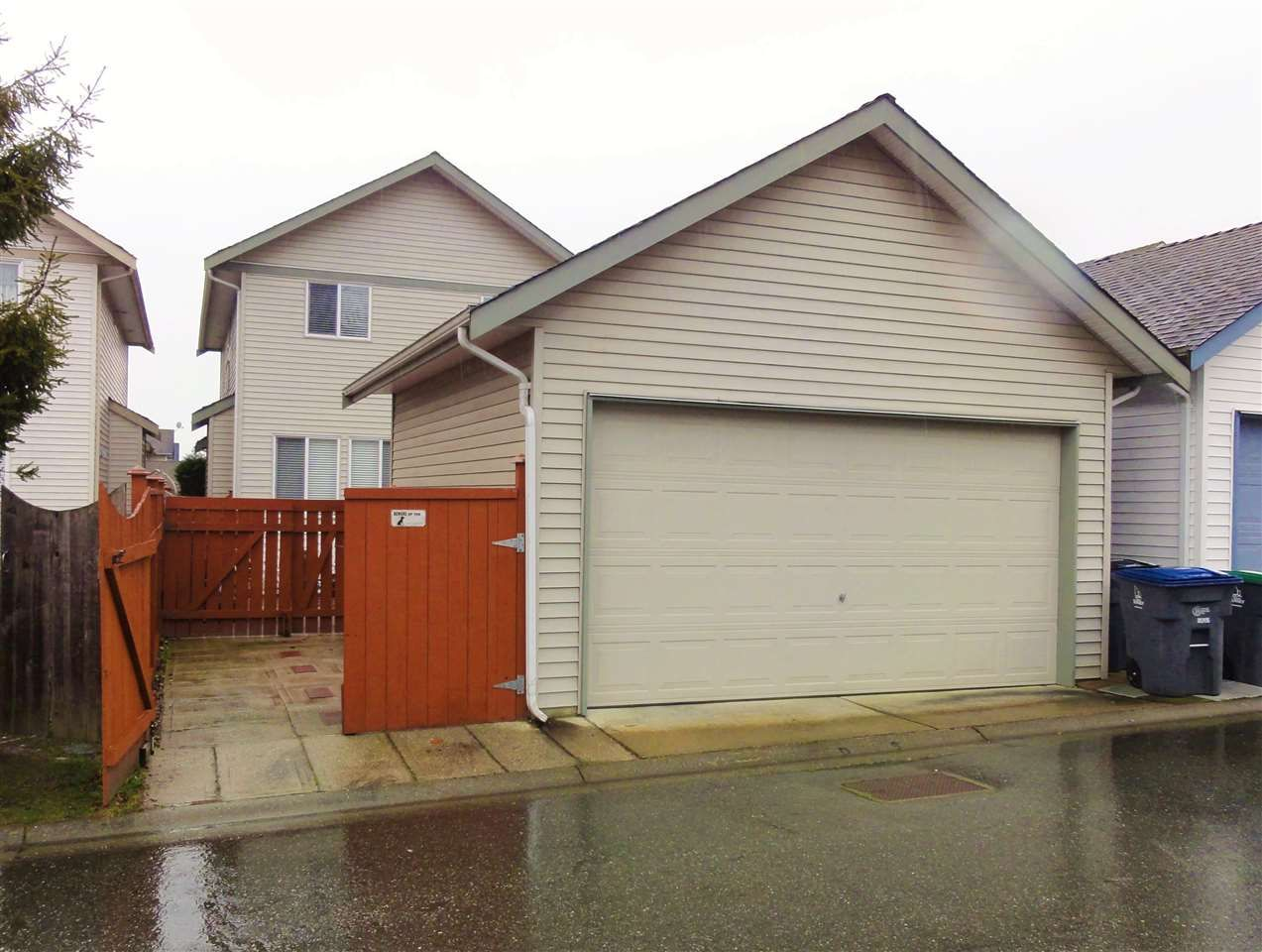 """Photo 20: Photos: 5883 148A Street in Surrey: Sullivan Station House for sale in """"Panorama Village"""" : MLS®# R2032102"""