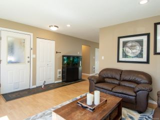 Photo 5: 2860B COUNTRY Close in CAMPBELL RIVER: CR Willow Point Half Duplex for sale (Campbell River)  : MLS®# 813934