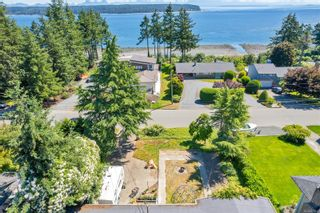 Photo 1: 866 Ash St in Campbell River: CR Campbell River Central House for sale : MLS®# 879836