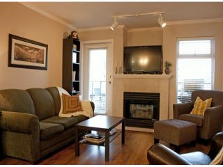 "Photo 4: 305 2526 LAKEVIEW Crescent in Abbotsford: Central Abbotsford Condo for sale in ""MILLSPRING MANOR"" : MLS®# F1228036"