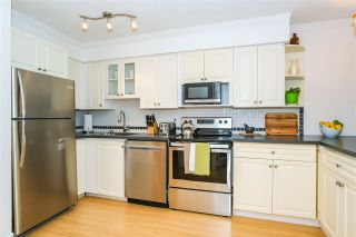"""Photo 3: 307 1855 NELSON Street in Vancouver: West End VW Condo for sale in """"THE WEST PARK"""" (Vancouver West)  : MLS®# R2443388"""