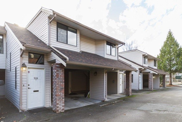 "Main Photo: 504 11726 225 Street in Maple Ridge: East Central Townhouse for sale in ""Royal Terrace"" : MLS®# R2122432"