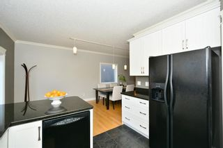 Photo 13: 4531 20 AV NW in Calgary: Montgomery House for sale : MLS®# C4108854