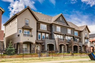 Main Photo: 12 Quarry Lane SE in Calgary: Douglasdale/Glen Row/Townhouse for sale : MLS®# A1100607
