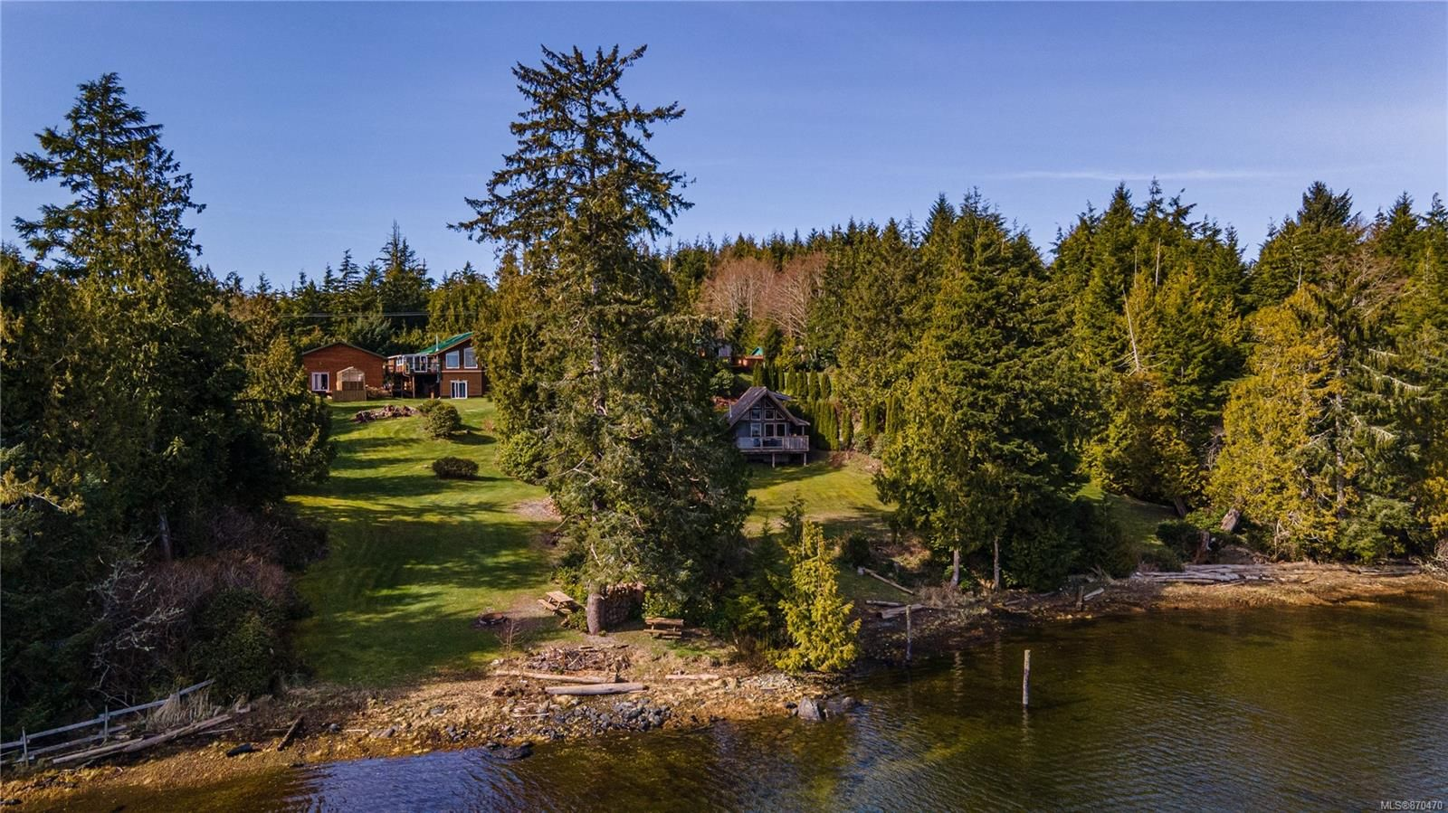 Main Photo: 2345 Tofino-Ucluelet Hwy in : PA Ucluelet Mixed Use for sale (Port Alberni)  : MLS®# 870470