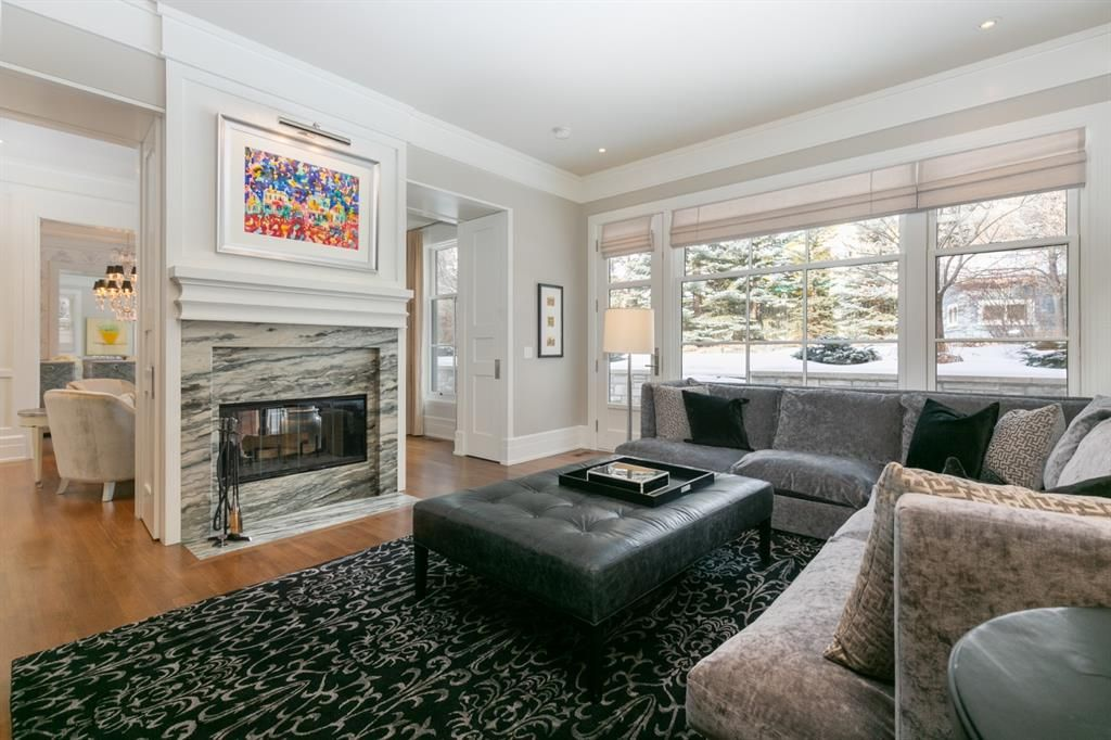 Photo 7: Photos: 1420 Beverley Place SW in Calgary: Bel-Aire Detached for sale : MLS®# A1060007