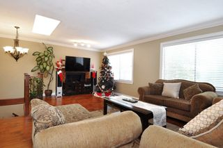 """Photo 2: 3075 BAIRD Road in North Vancouver: Lynn Valley House for sale in """"LYNN VALLEY"""" : MLS®# R2127966"""