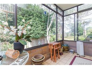 Photo 15: 201 2930 Cook St in VICTORIA: Vi Mayfair Condo for sale (Victoria)  : MLS®# 707990