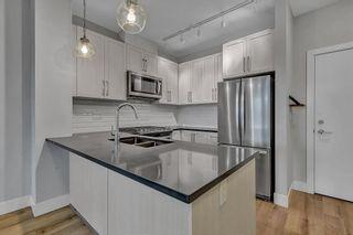 Photo 5: 302 2960 151 Street in Surrey: King George Corridor Condo for sale (South Surrey White Rock)  : MLS®# R2521259
