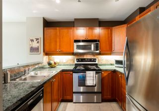 """Photo 6: 401 675 PARK Crescent in New Westminster: GlenBrooke North Condo for sale in """"WINCHESTER"""" : MLS®# R2304752"""