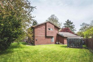Photo 10: 8893 GREENOCK Place in Surrey: Queen Mary Park Surrey House for sale : MLS®# R2185545