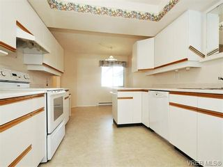 Photo 9: 3 9904 Third St in SIDNEY: Si Sidney North-East Row/Townhouse for sale (Sidney)  : MLS®# 745522