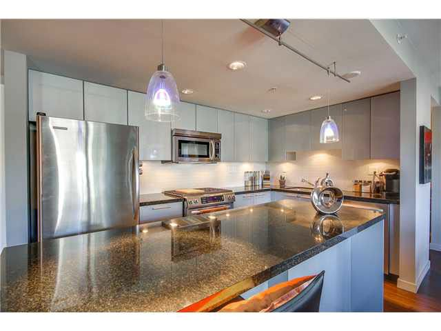 """Photo 5: Photos: 110 1288 CHESTERFIELD Avenue in North Vancouver: Central Lonsdale Condo for sale in """"ALINA"""" : MLS®# V1065611"""