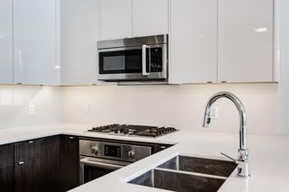 Photo 11: 218 305 18 Avenue SW in Calgary: Mission Apartment for sale : MLS®# A1127877