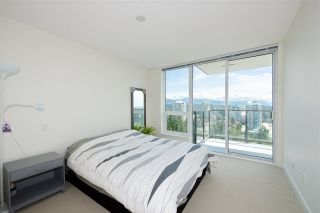 "Photo 3: 2502 3007 GLEN Drive in Coquitlam: North Coquitlam Condo for sale in ""Evergreen"" : MLS®# R2389564"