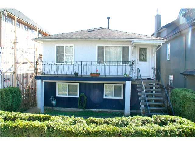 Main Photo: 3438 NAPIER ST in Vancouver: Renfrew VE House for sale (Vancouver East)  : MLS®# V996832