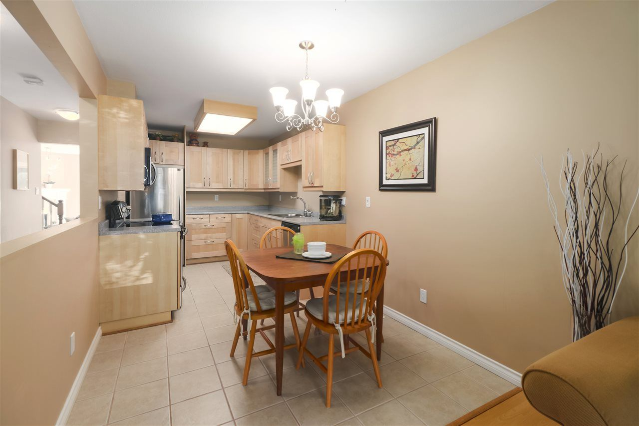 """Photo 6: Photos: 10 11500 NO. 1 Road in Richmond: Steveston South Townhouse for sale in """"MAGNOLIA COURT"""" : MLS®# R2493915"""