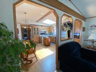 Photo 15: 16 King Crescent in Portage la Prairie RM: House for sale : MLS®# 202112003