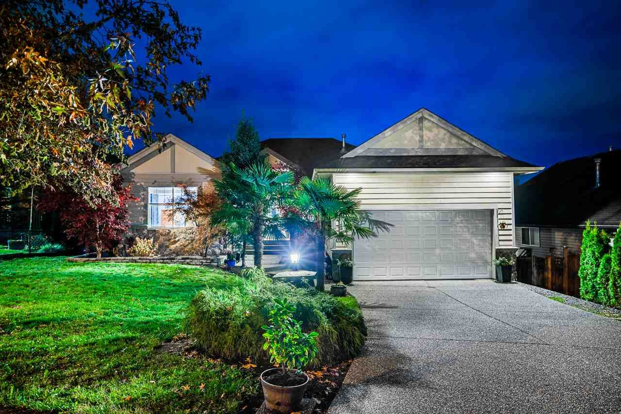 """Main Photo: 11624 227 Street in Maple Ridge: East Central House for sale in """"Greystone"""" : MLS®# R2517324"""