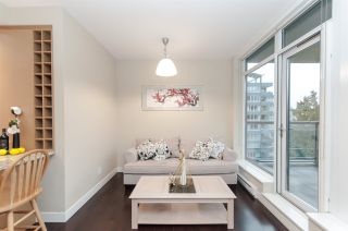 """Photo 9: 905 1468 W 14TH Avenue in Vancouver: Fairview VW Condo for sale in """"THE AVEDON"""" (Vancouver West)  : MLS®# R2457270"""