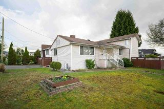 Main Photo: 1608 SPERLING Avenue in Burnaby: Sperling-Duthie House for sale (Burnaby North)  : MLS®# R2584930
