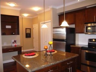 "Photo 5: 206 2627 SHAUGHNESSY Street in Port Coquitlam: Central Pt Coquitlam Condo for sale in ""THE VILLAGIO"" : MLS®# R2393781"
